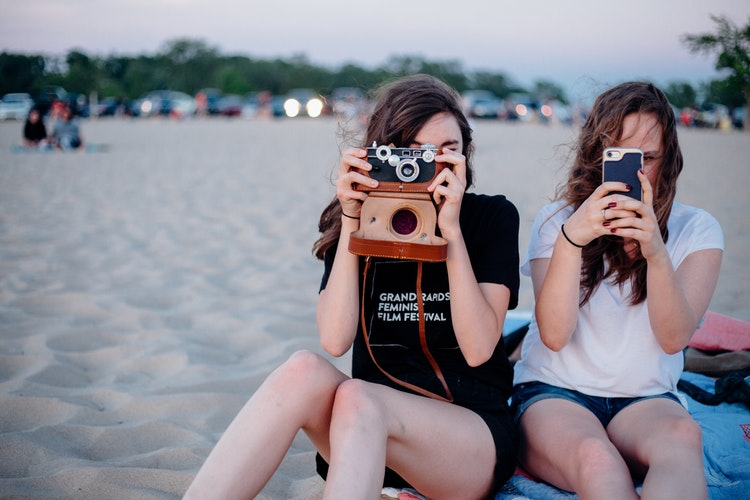 girls and cameras