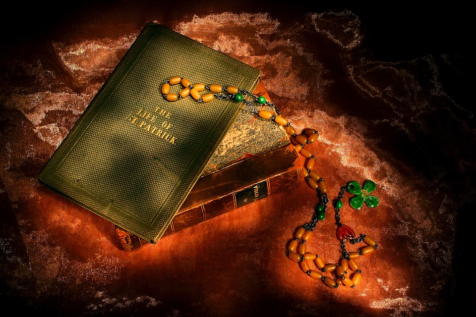 irish Book and rosary